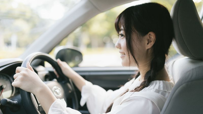 車を安全に運転し、かつ燃費も向上させる方法